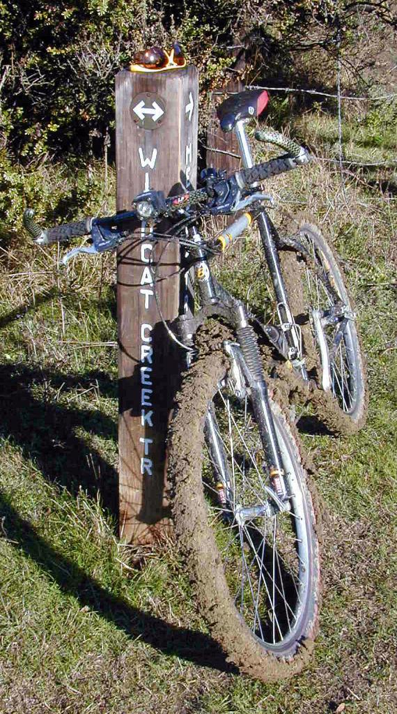 Bike + trail marker pics-bontmud.jpg
