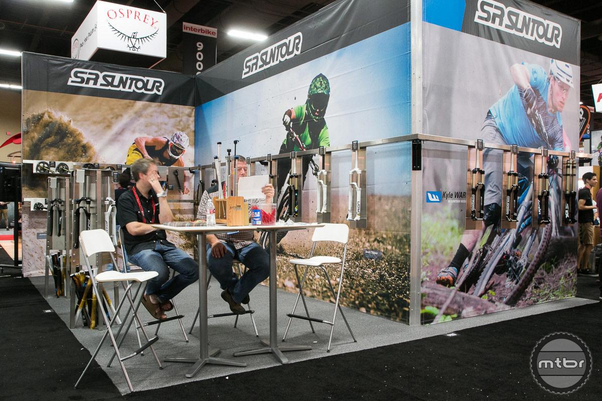 SR Suntour Interbike 2014 Booth