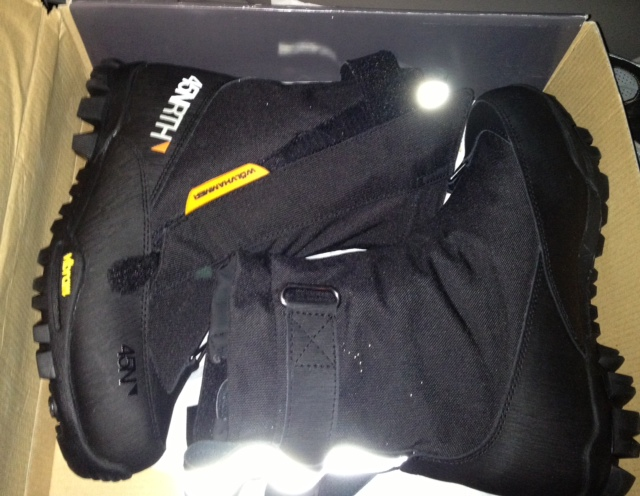 Paid SPAM: 45Nrth Wolvhammer size 44 New in box-boots.jpg