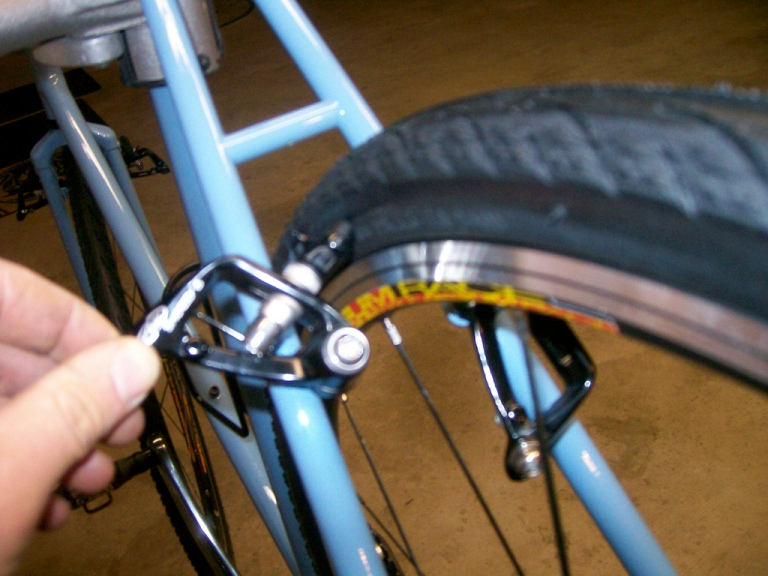 Cantilever (Shorty 6) clearance problem on SS cyclocross frame. Please advise-brake-clearance-issue-1.jpg