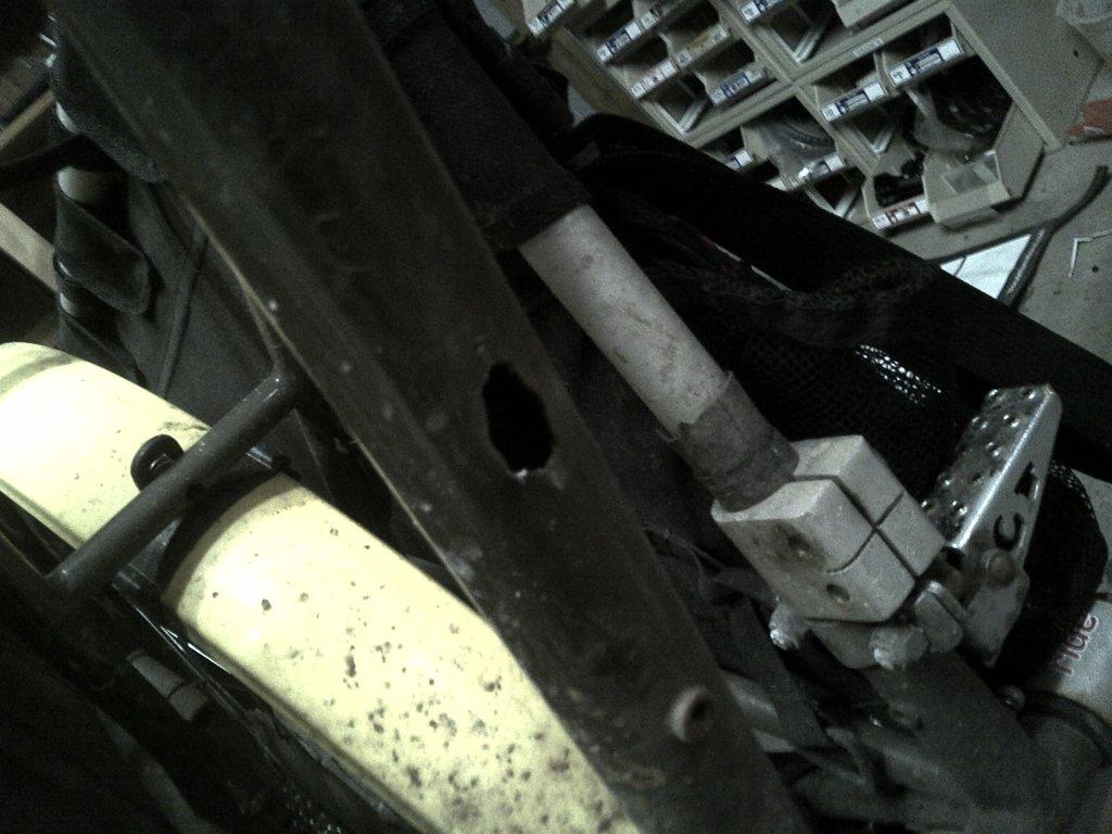 Ripped out Bottle Braze-On-brazeoff.jpg