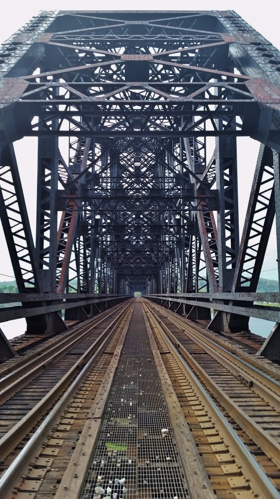 Who Likes Trains?-bridge.jpg