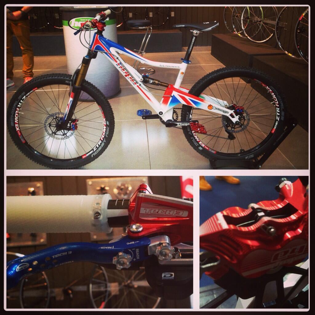 New Brakes from Hope revealed at Eurobike!-bs2u1xeimaabyq1.jpg-large.jpg