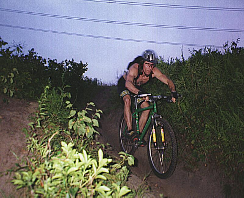 How To Hold Brake Levers On Trail Ride-bs5103.jpg