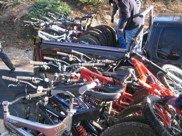 Multi-Bike Hauling with Pickup Truck?-bs6410.jpg