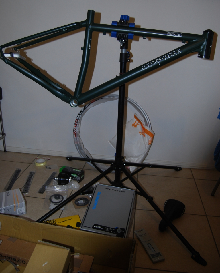 Scandal 29er build with Alfine 8-build-begins1.jpg