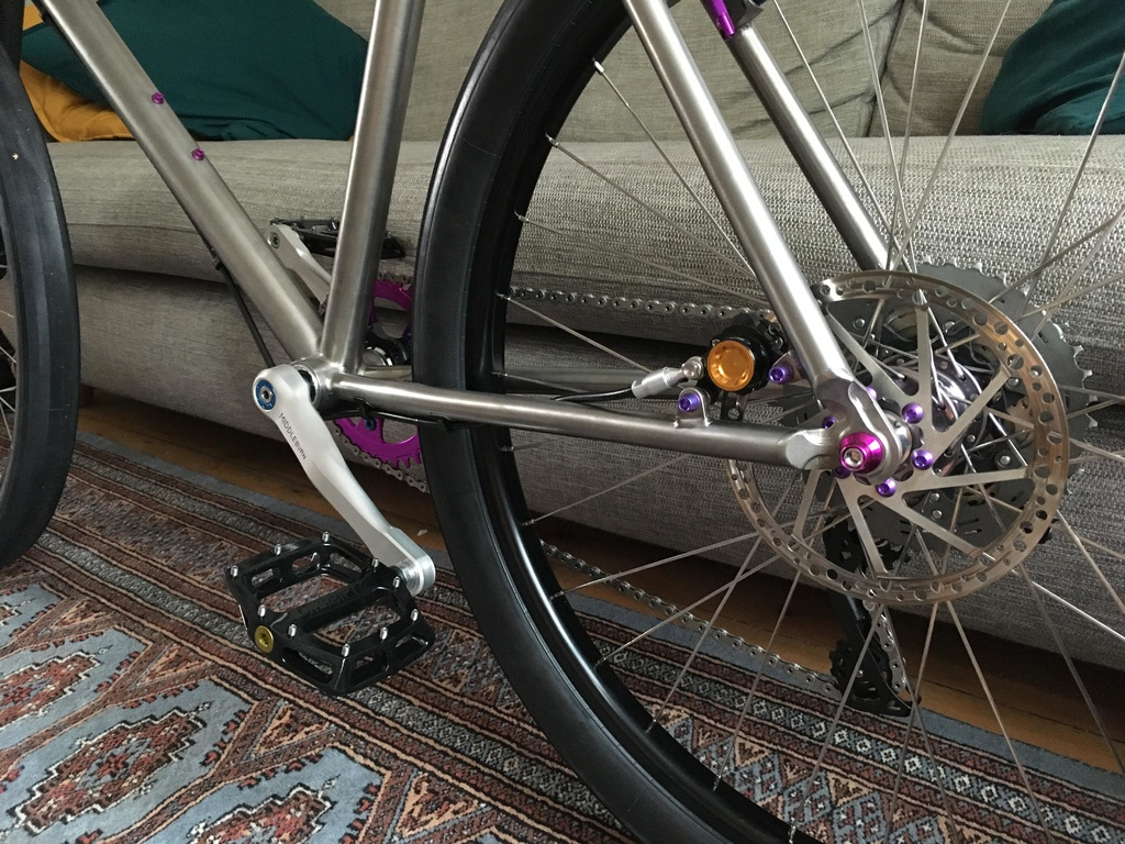 26ers over 10 years old-build06.jpg