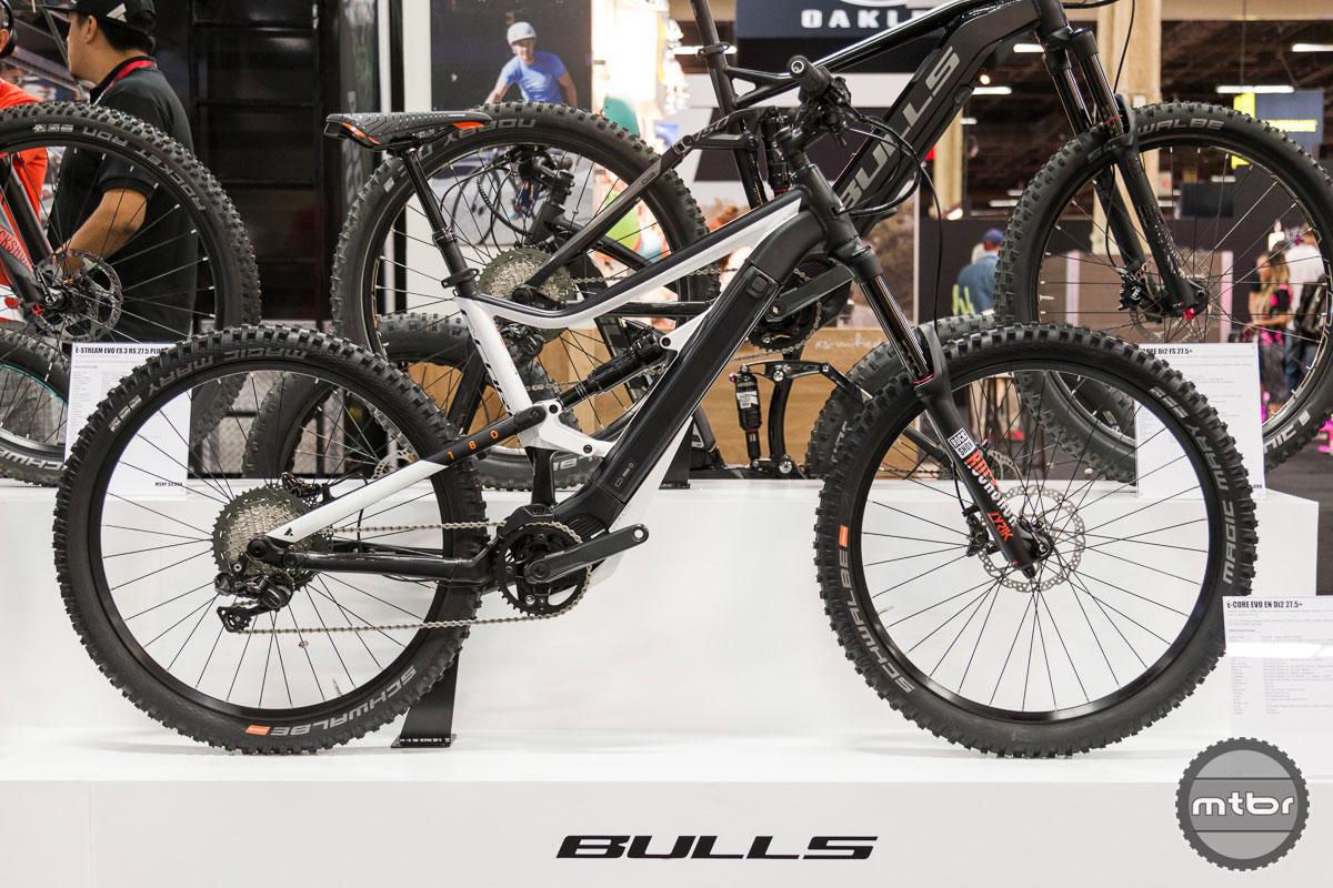 Bulls E-Core EVO EN Di2 27.5+