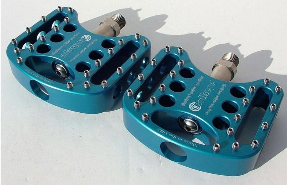 Platform Pedal Shootout, the best flat is...-bullseye-bmx-pedals-holy-pins.jpg