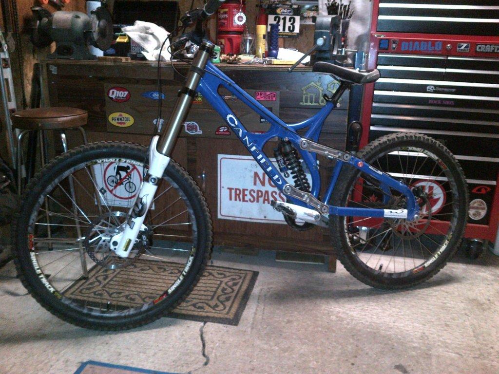 Old School DH bikes-burlington-20120507-00050.jpg