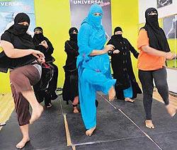 Name:  burqa_yoga.jpg Views: 587 Size:  18.8 KB