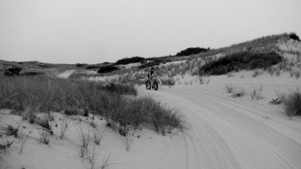 Calling Mendon Cycle Smith!-bw-dune.jpg