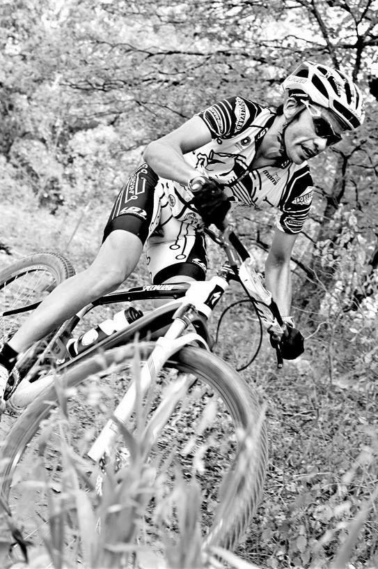Black And White Photos Post 'Em-bw_mtb01.jpg