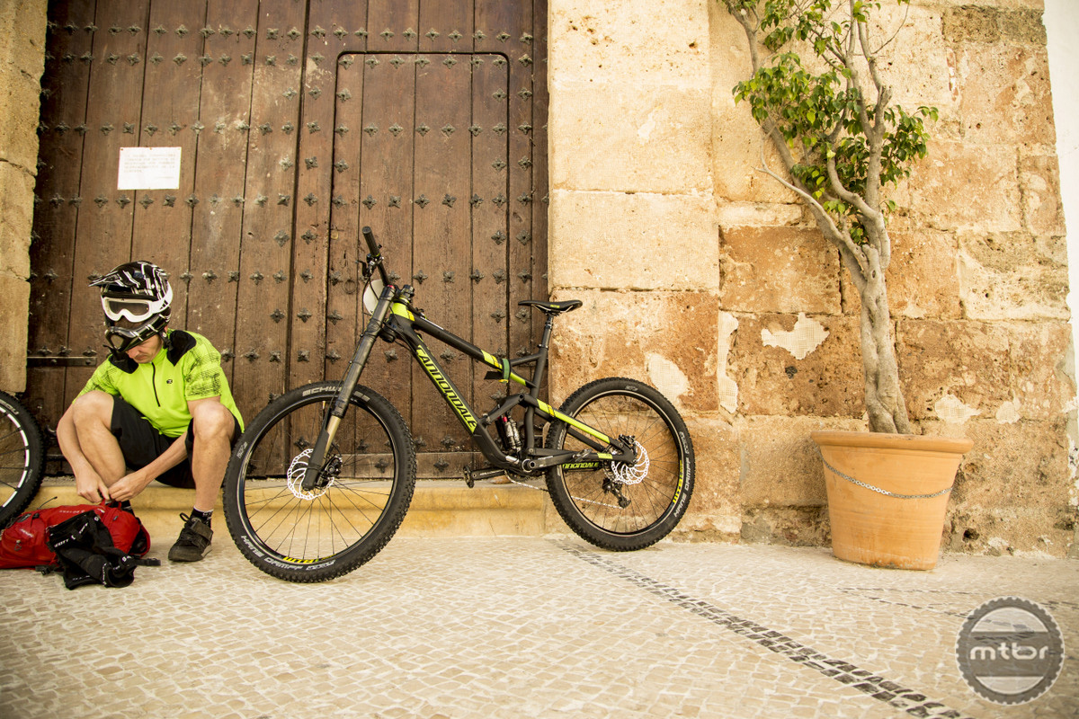 Cannondale Jekyll by the Church Door
