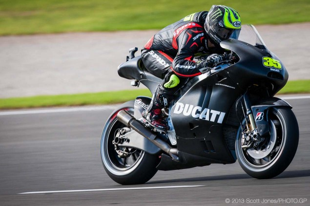 MotoGP '14!-cal-crutchlow-motogp-ducati-corse-valencia-test-scott-jones-10-635x423.jpg