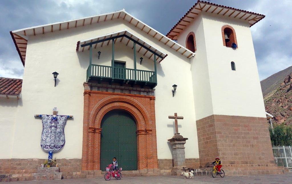 Biking in Peru-calca-dsc00903.jpg