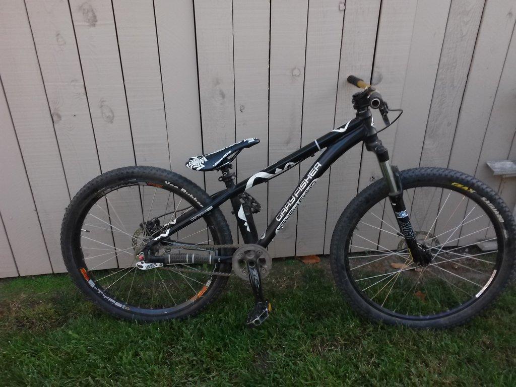 please help me find the year/ model of my bike-cam00435.jpg