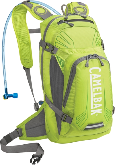 camelbak_charge_450