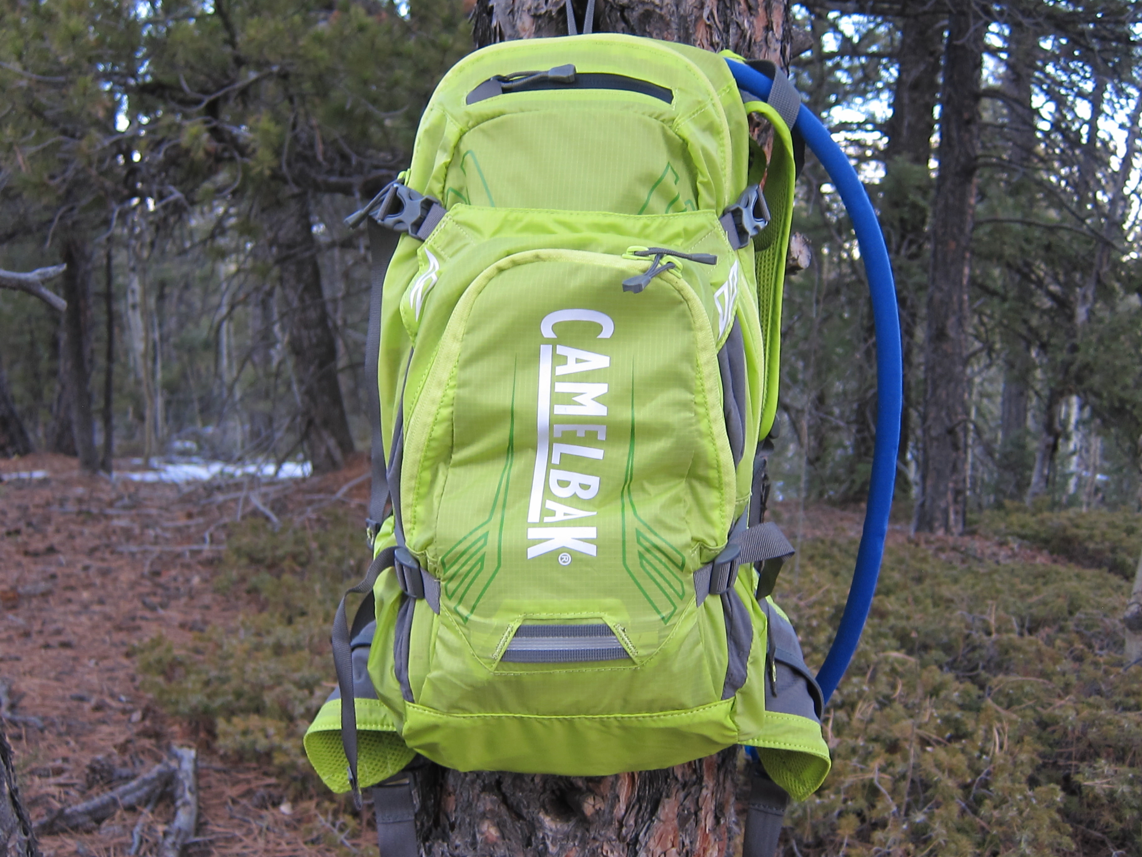 camelbak_charge_450_main