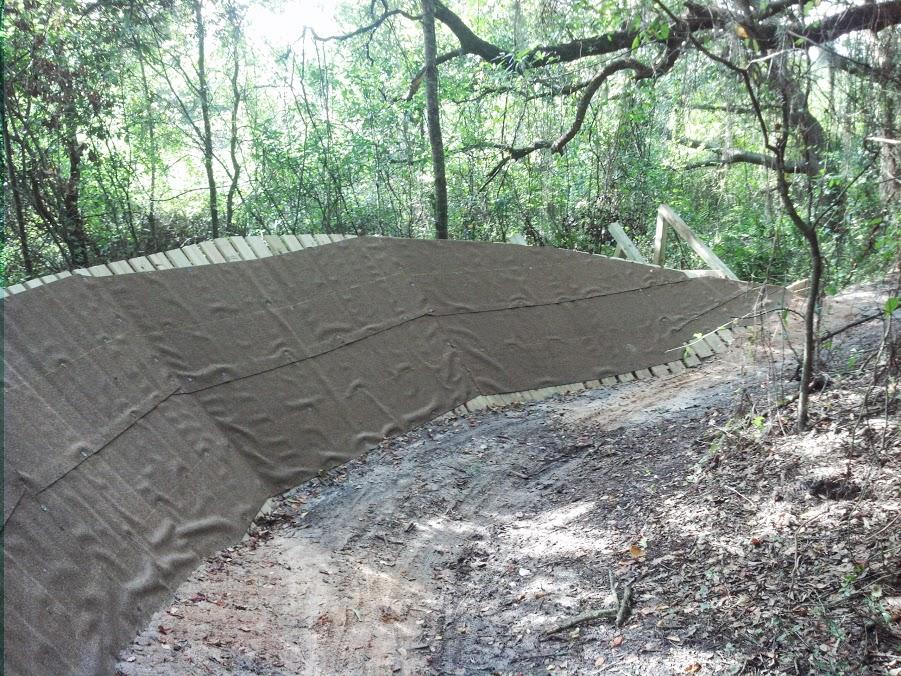 New wooden berm at Carter Rd park (Lakeland, Florida)-camerazoom-20130801171948156.jpg
