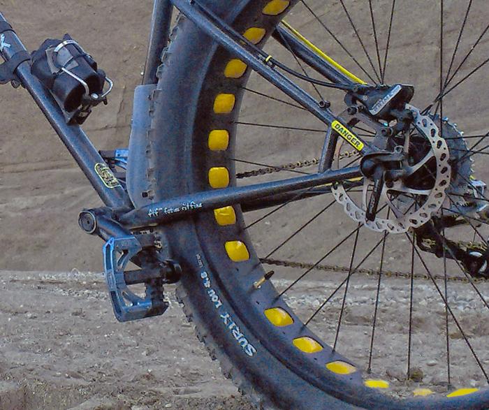 RaceFace 100mm fatbike bottom bracket - cut sleeve?-camerazoom-20130912191247662.jpg