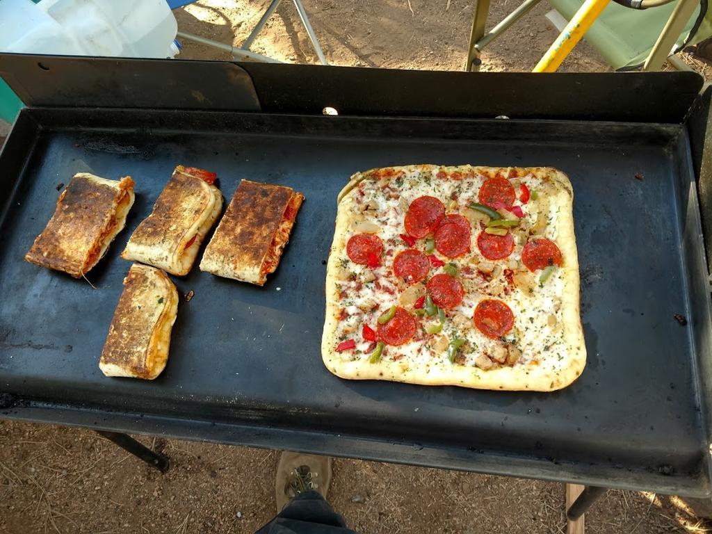 Camping....-camp-pizza.jpg