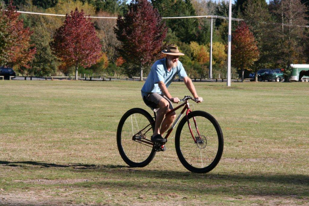 Upside-down riserhandlebars. Short persons on 36ers, 29ers and 32ers-canan-cam-008.jpg