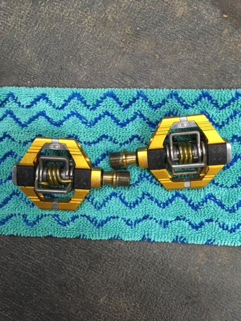 FS: Crank Bros Eggbeater and Candy 11 Ti spindle Pedals-candy-11-2.jpg