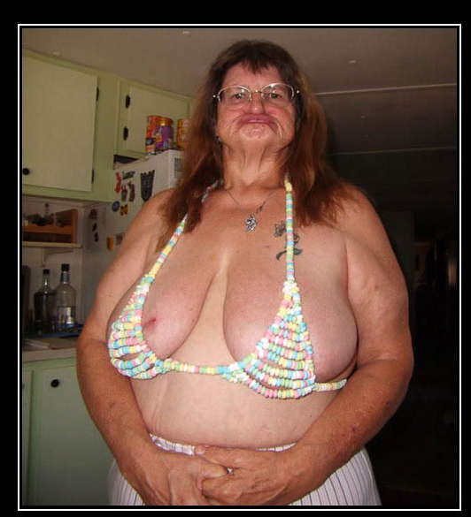 Horny-candy-bra.jpg