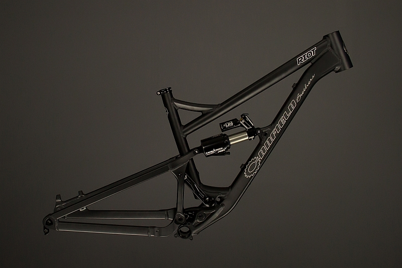 Canfield Brothers Riot 29er FS-canfield-brothers-riot-ano-black.jpg