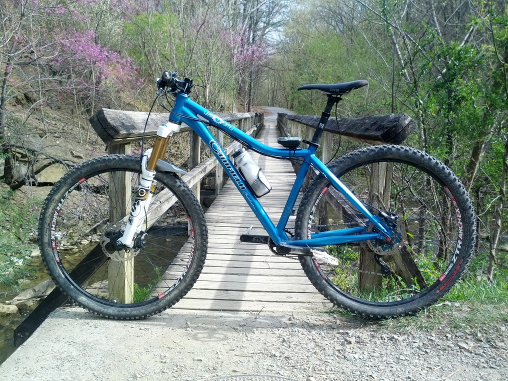 Post Pictures of your 29er-canfield-yelli.jpg