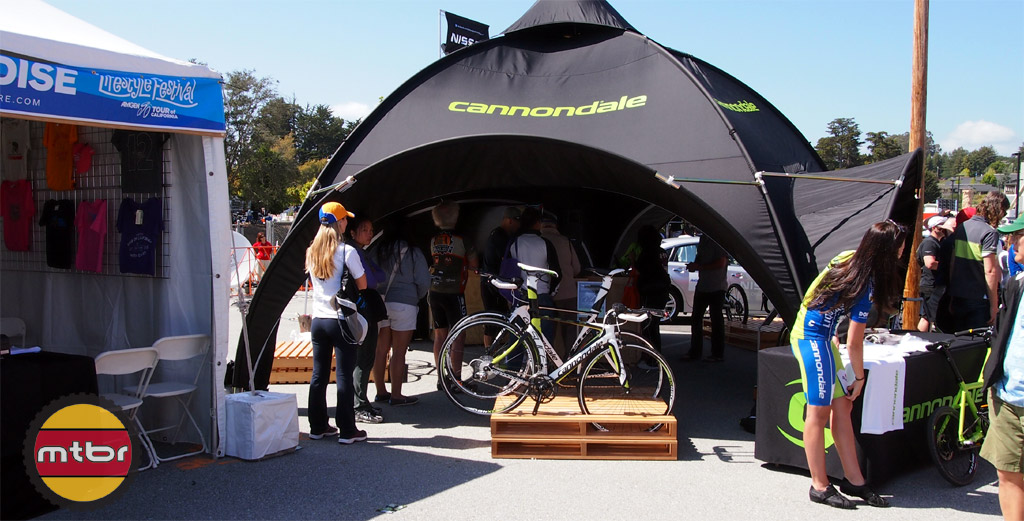 cannondale-booth