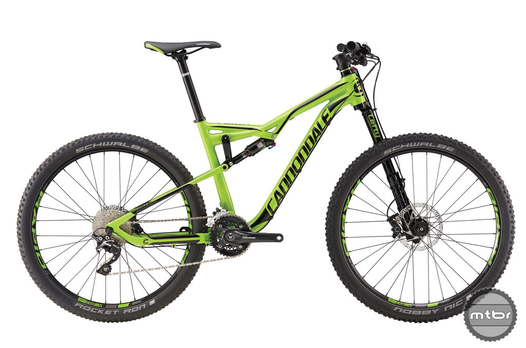 In Cannondale's Team green color, the Habit Al 4 is easily mistaken for it's more up market carbon brethren.