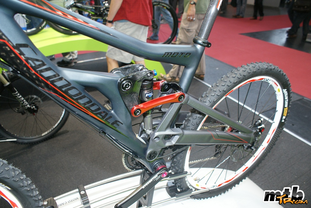 need some info about this spindle ....-cannondale-moto-carbon_2.jpg