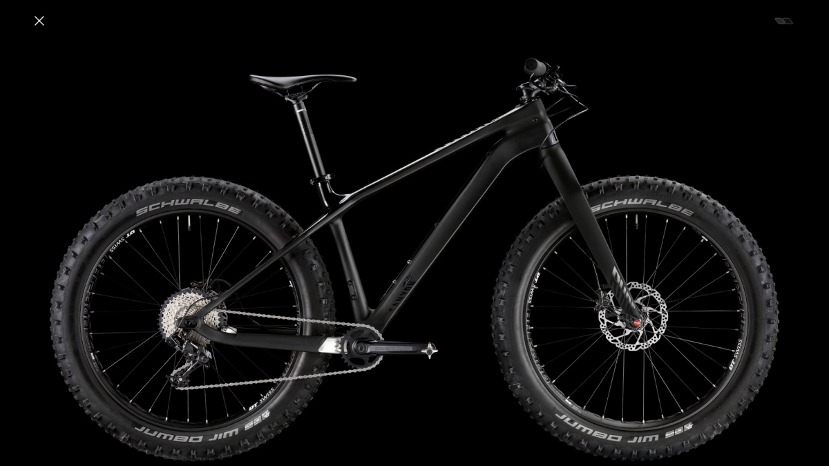 Best Mountain Bikes Under $2000: Canyon Dude