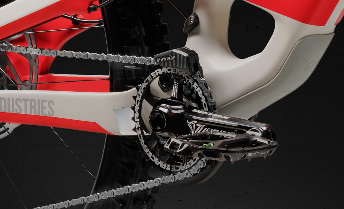 A 1x11 drivetrain with chain guide is featured on all models.