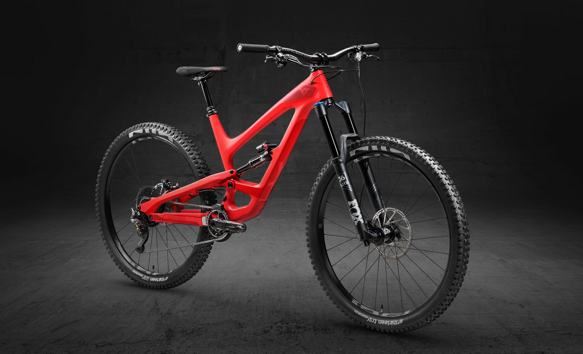 YT Capra 29 Carbon Fiber Pro in blood red color