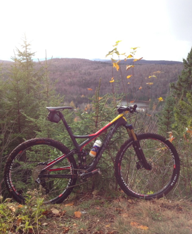 Devinci Atlas Carbon-capture-d-cran-2013-10-25-6.02.47-pm.jpg