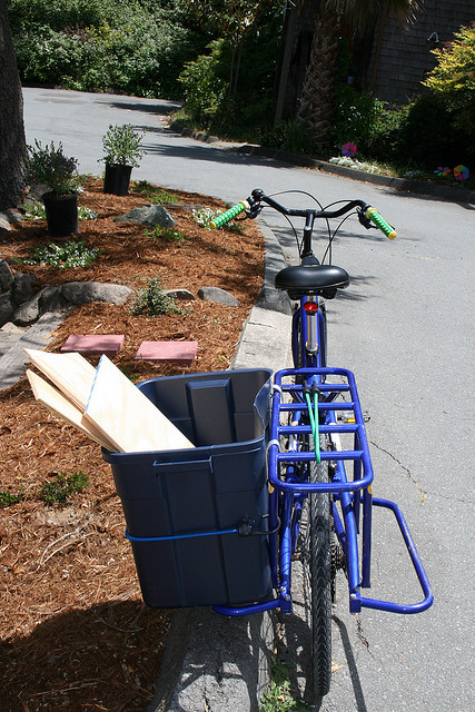 cargo bike diy add-ons-cargobin.jpg