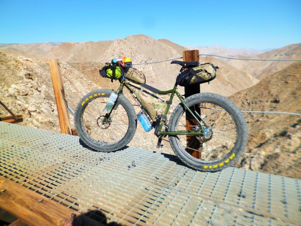 Post your Fat-Bikepacking setup!-carrizorig.jpg