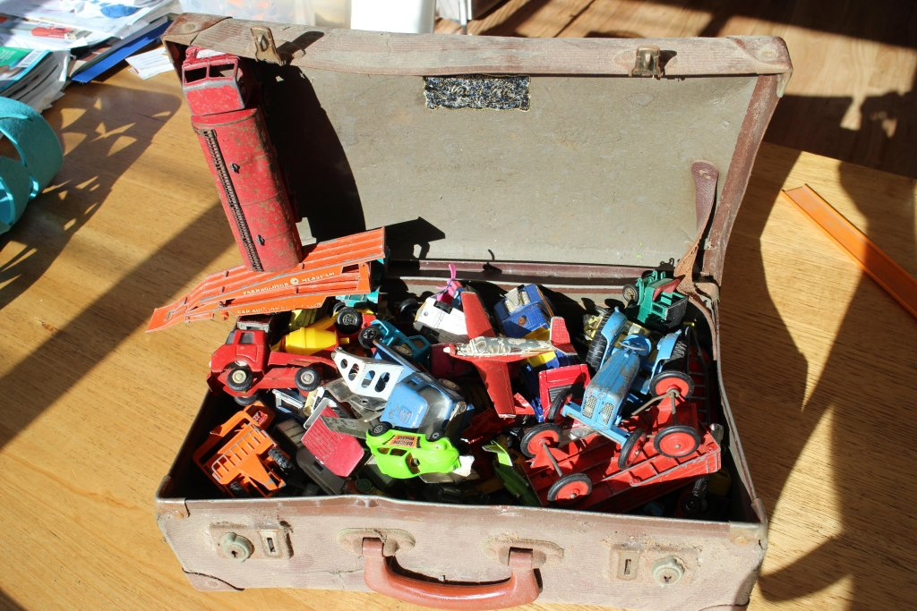 Childhood Memories / Toy's And Or Stories...-cars-box.jpg