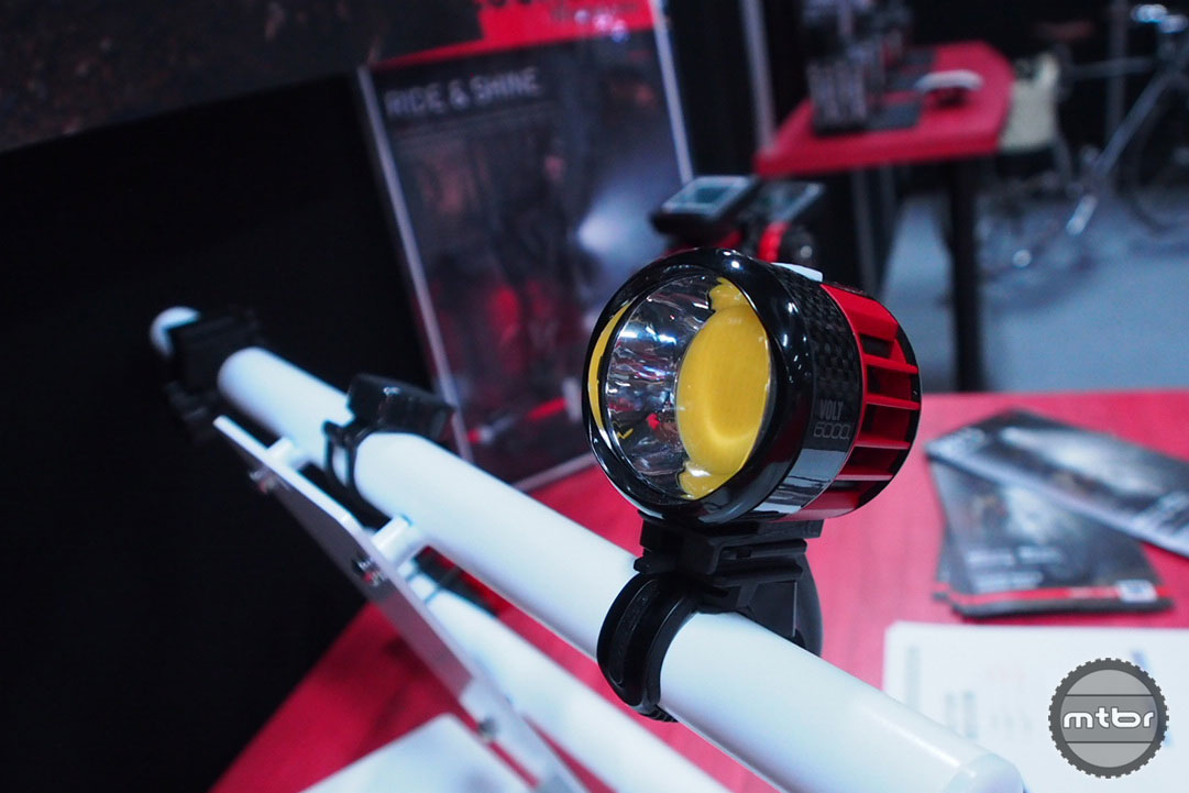 CatEye Volt 6000 Light