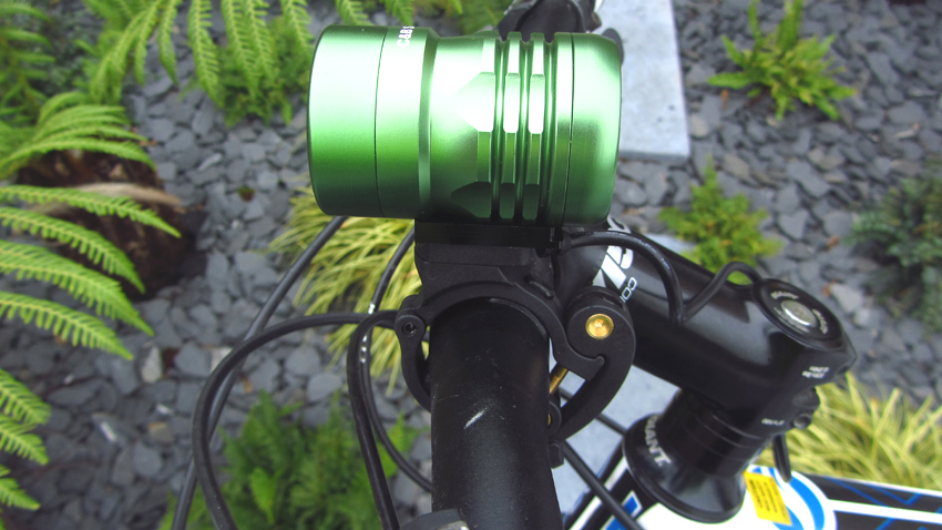 C&B SEEN CABS-1200 1200 Lumen Bike Light & Headlamp Kit review-cbseen-36-.jpg