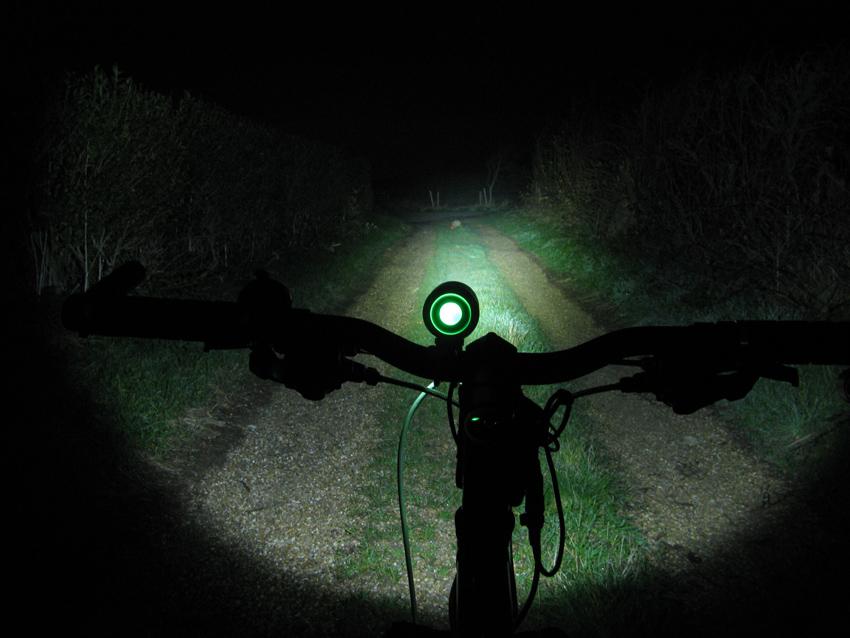 C&B SEEN CABS-1200 1200 Lumen Bike Light & Headlamp Kit review-cbseeng2.jpg
