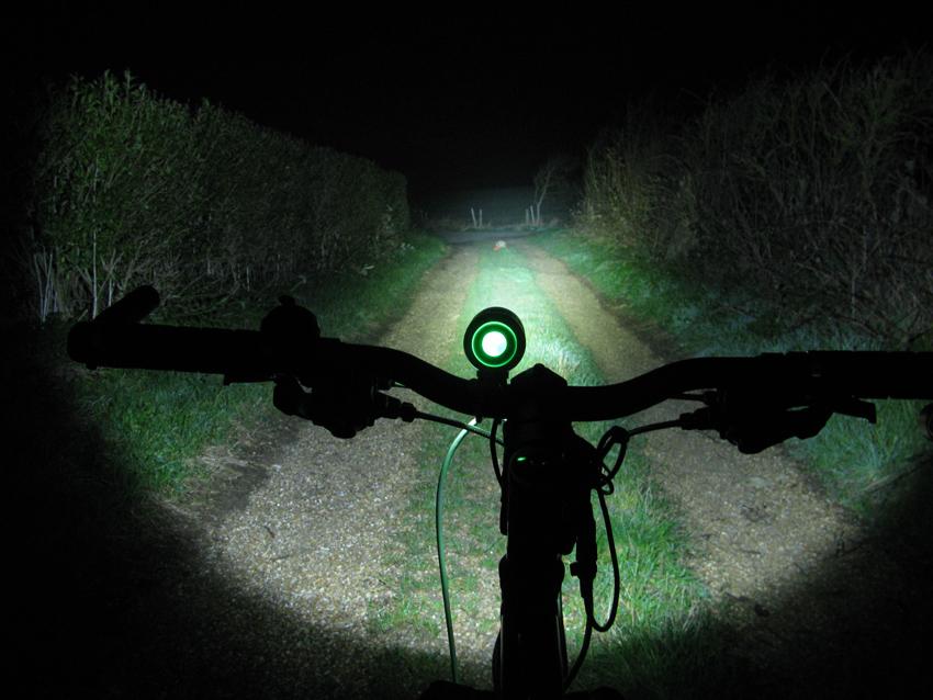 C&B SEEN CABS-1200 1200 Lumen Bike Light & Headlamp Kit review-cbseeng3.jpg