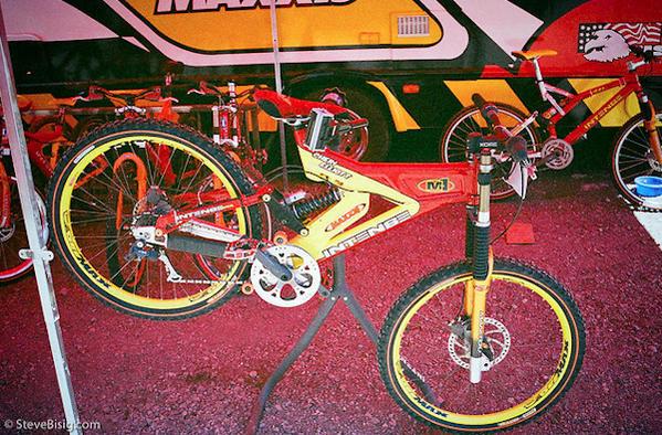 Old School DH bikes-cgh.jpg