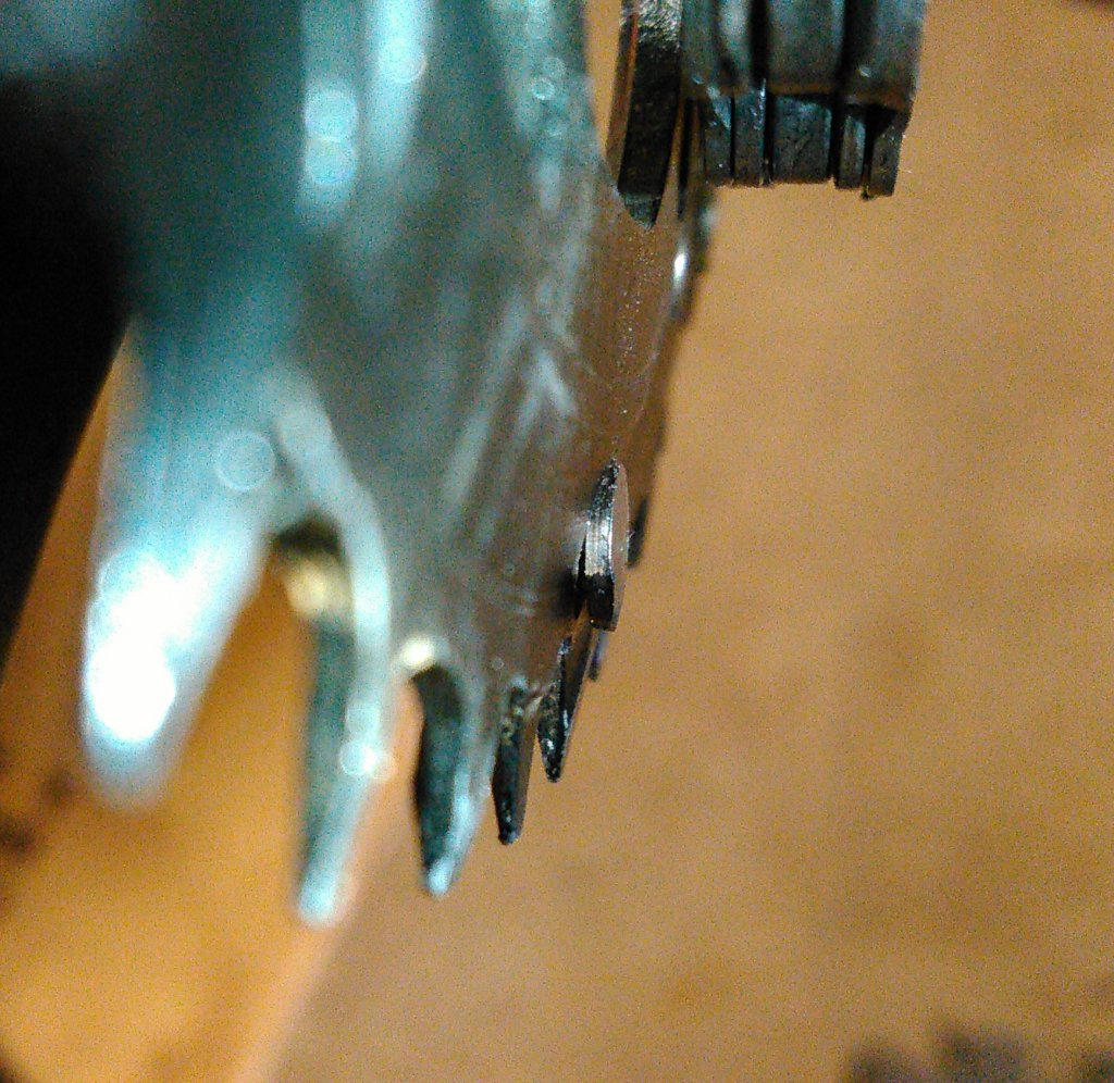 Torqued my crank bolt, now this is happening . . .-chain-1.jpg