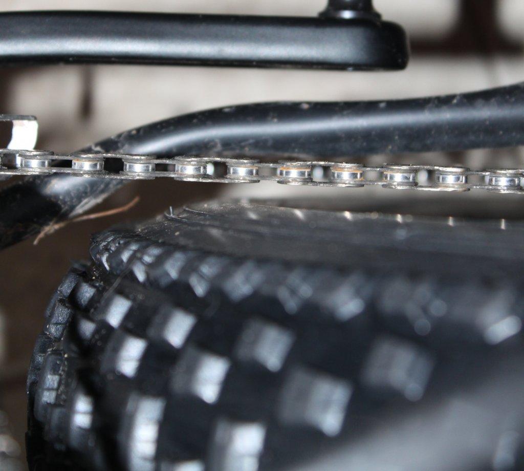 Framed Minnesota 3.0 with Bluto Fork & Rigid Fork-chain-clearance.jpg