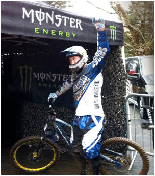 chainreactioncycles_dh_rider