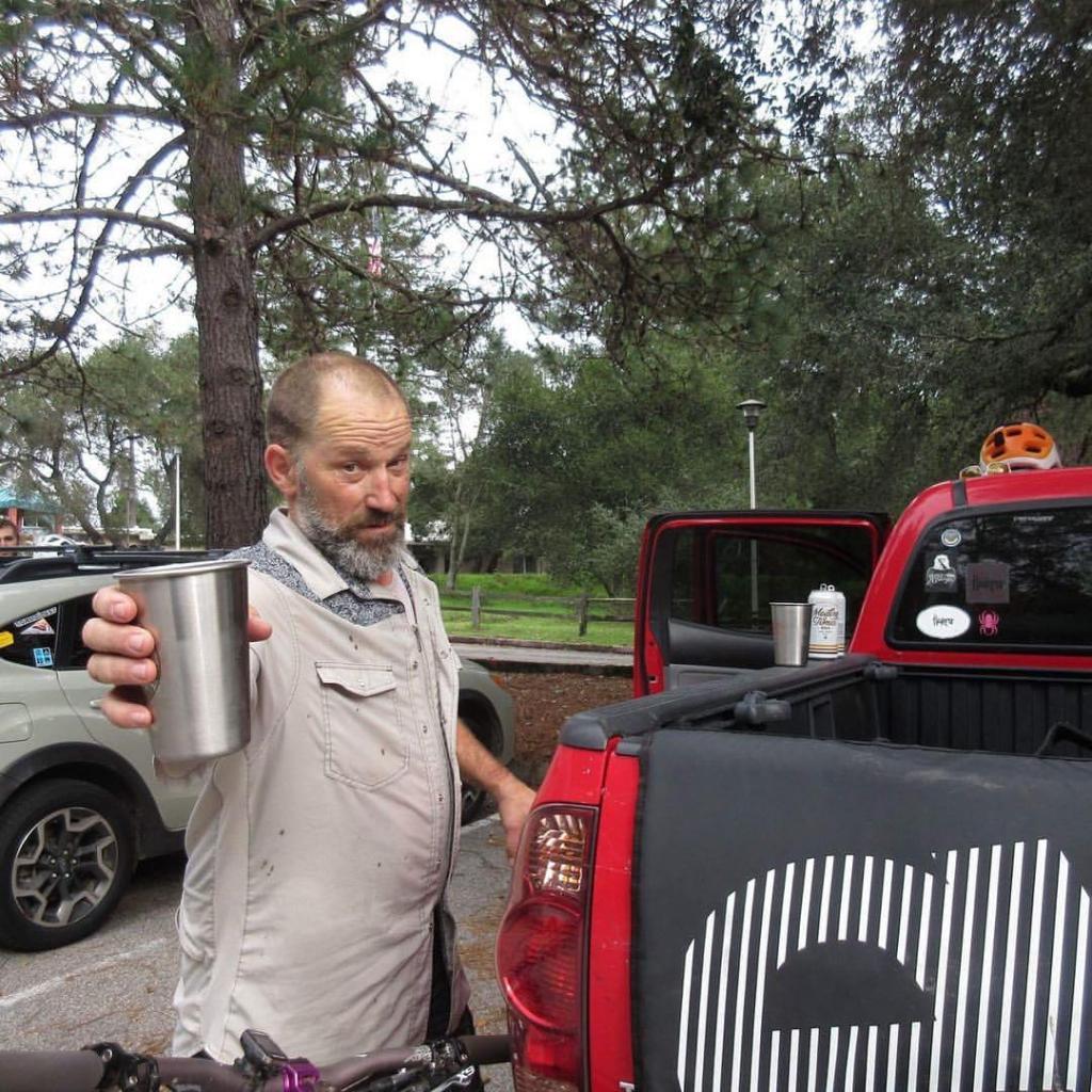 Weekend Ride Report November 25th - 27th-cheers2.jpg